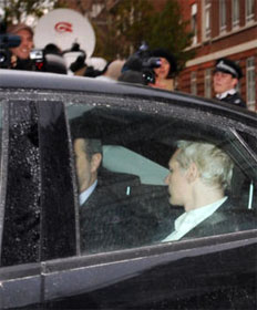 WikiLeaks founder Julian Assange goes to jail