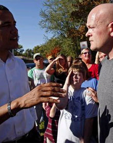 Joe the Plumber questions candidate Obama in Ohio